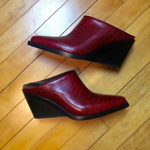 rag & bone Santiago Red Croc Leather Mule - NWOT